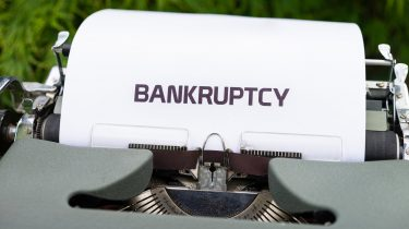 On the loan restructuring and bankruptcy procedures of individuals